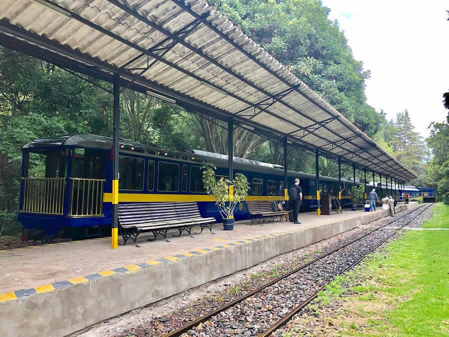 urubamba station train